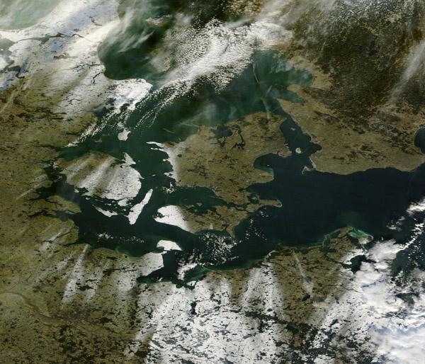 Sat billede over Danmark   Jeff Schmaltz  NASA