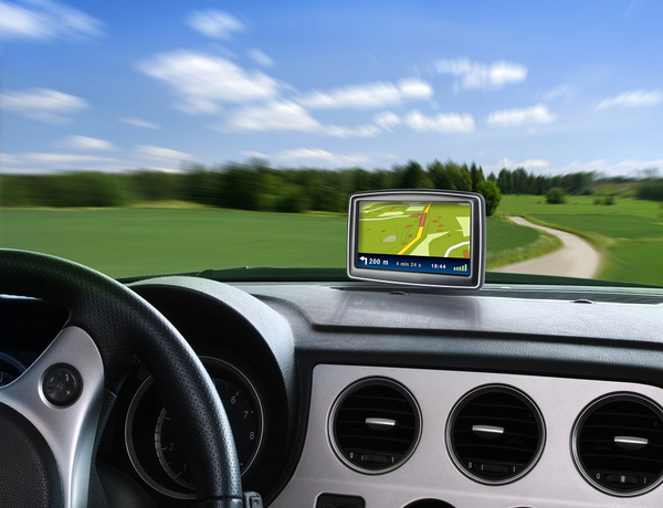 GPS paa landevejen   Foto  Colourbox com    1760230 lille