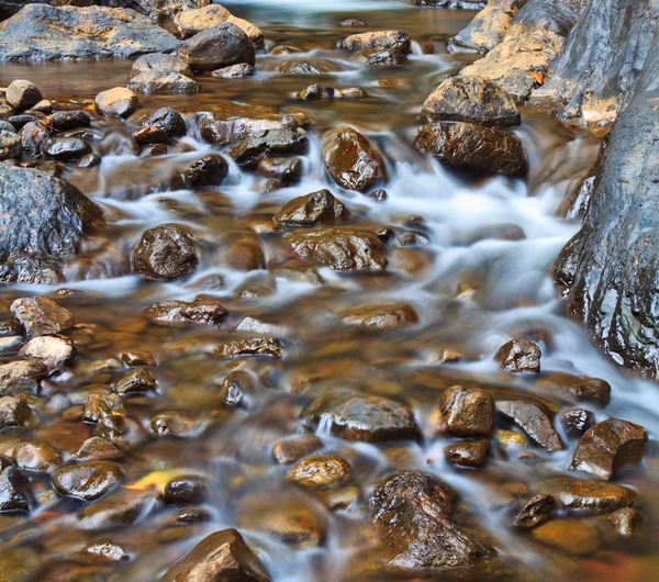Lille vandfald   COLOURBOX7168087