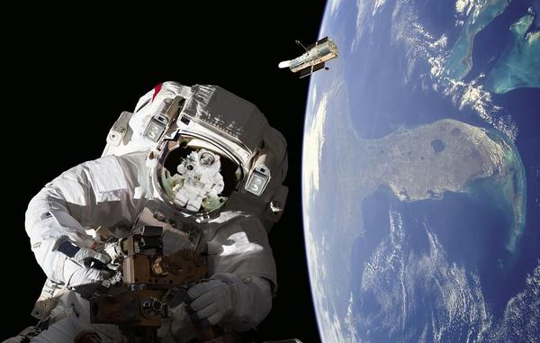 Astronaut   shutterstock 146629007
